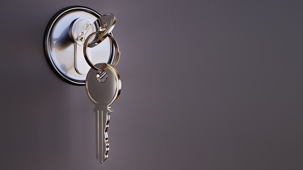 Here's Why You Should Hire A Professional Locksmith